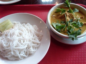 Chicken curry with rice vermicelli