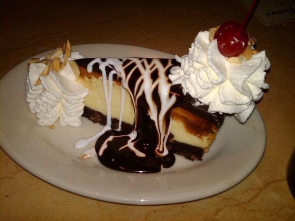 Brownie Sundae Cheesecake